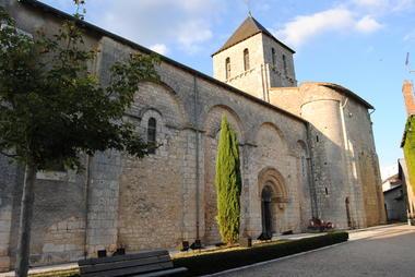 Eglise Bouresse - ©Maryse Fuseau.JPG
