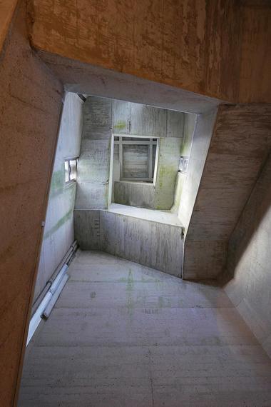Nicolas-Viault---escalier-copie.jpg
