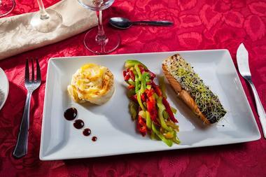 Les Vignes Blanches Restaurant3.jpg