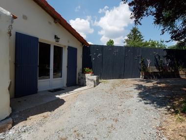 cerizay-gite-jardin-de-marie-facade2.jpg