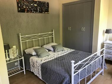 Appartement vue Cité Médiévale (9).JPG