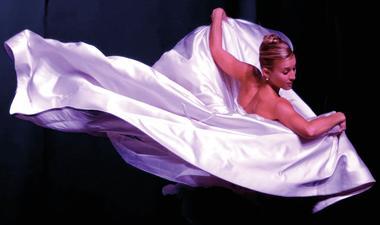 AZOTH Dance Theatre 2 - photo Jean-Marie Janisson.jpg