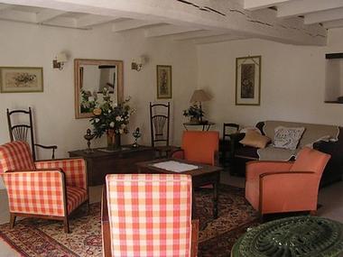 Voulmentin-Le Clouseau-salon-sit.jpg