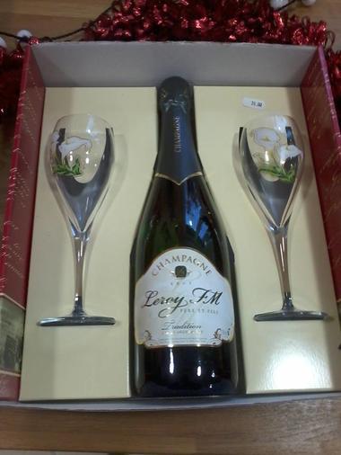 Coffret champagne et coupes.jpg