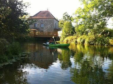 ile-leydet-canoe3.jpg
