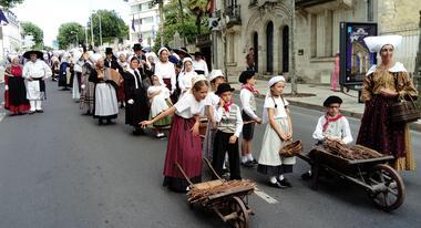 Festival_folklore_La_Roche_Posay (4).jpg