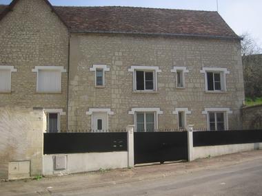 location-la-roche-posay-facade.jpg