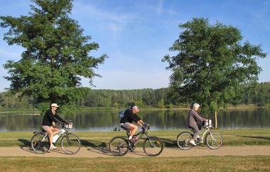 vélo lac de loire_Crédit Vassal.jpg