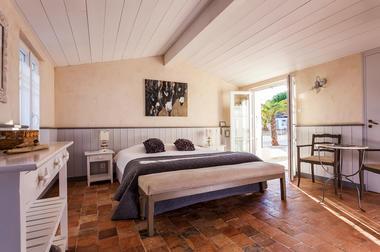 Hôtel-LBF-chambre-3.jpg