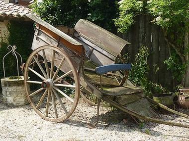 regueil-charrette-sit.jpg