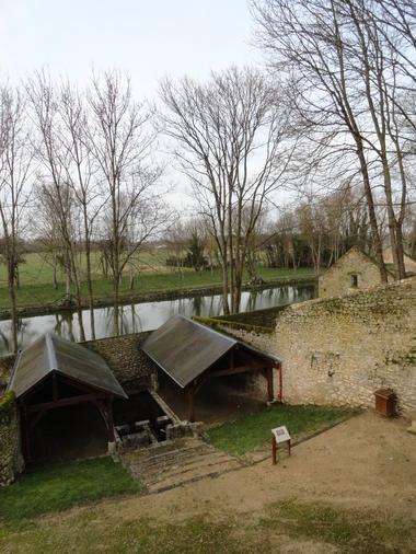 lavoir et grange (2).JPG