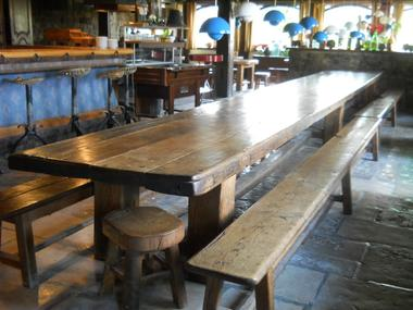 Table Bar.JPG