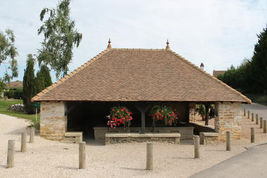 La-Charmee-patrimoine-eglise-mairie-OT (25).JPG