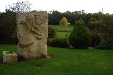 statue sonneurs - Gourin - crédit photo OTPRM (6).JPG