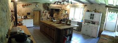 la foret sur sevre-la ferme fortifiee-cuisine3-sit.jpg