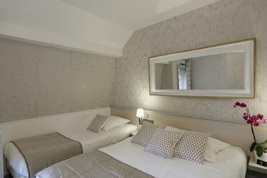 Chambre-Triple-Standard-Lits.jpg