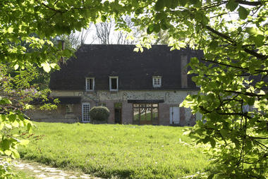 maison domaine du bois gérard chessy.jpg
