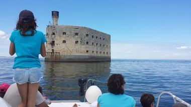 dreamon-promenades-catamaran-iledere-fortboyard.jpg