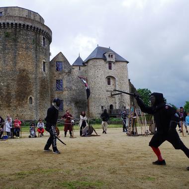 180902-chateau-st-mesmin-escrime-medievale.jpg