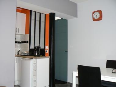 Valenciennes - Tempo - Meublé - Salle à manger (1) - 2018.JPG