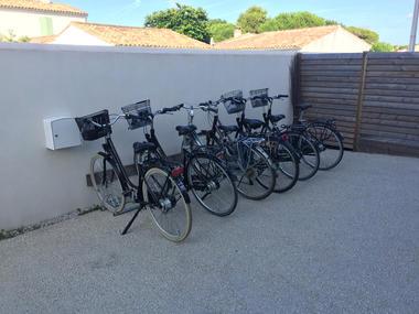 Vélos-La-Couardaise-ile-de-ré.jpg