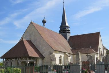 Eglise et cimetière.JPG