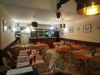 pad-thaï-valenciennes-restaurant-intérieur.jpg