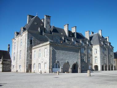 Château de Pont-Calleck - Berné - Pays roi Morvan - Morbihan Bretagne sud - CP OTPRM (4).JPG