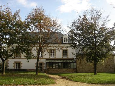 Gîtes d'étape municipal 1 - Le Saint - Pays roi Morvan - Morbihan Bretagne sud - CP Mairie de Le Saint  (3).JPG