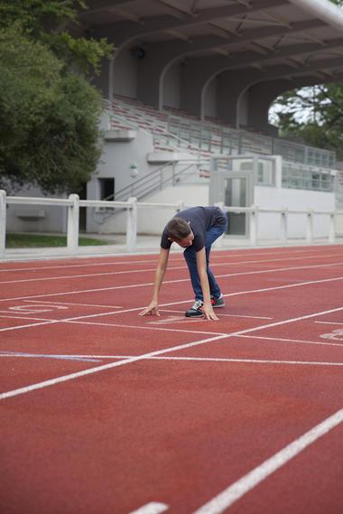 La piste d'athlétisme du Stade-Parc de Bruay-La-Buissière © Brigitte Baudesson
