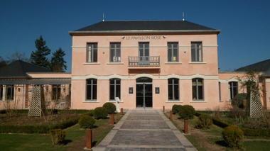 Association_Aqualibre_Pavillon_Rose_La_Roche_Posay.JPG