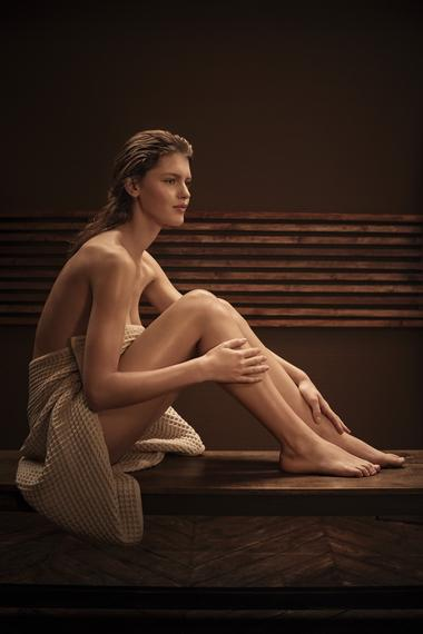 Visuel Femme Assise.jpg