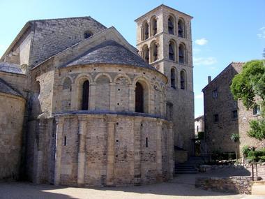 CAUNES-MINERVOIS-Abbaye.JPG