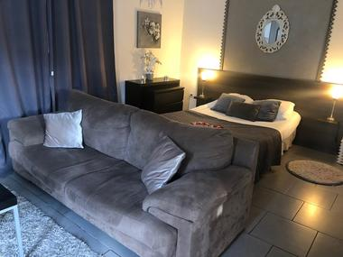 Quievrechain-Sparadisiaque-meublé-spa-10.jpeg