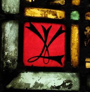 monogramme sur fond rouge chapelle du Petit  Séminaire (Troyes)  Danielle Minois