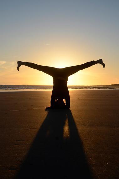 yoga a la plage - ile de re (3).jpg