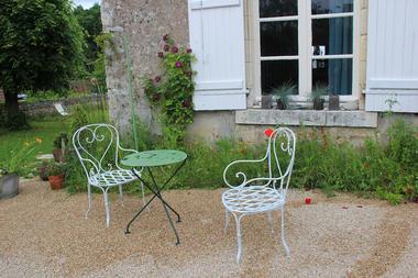 salon-de-jardin-des-chambres-saint-martin-chailles-vallée-de-la-loire.jpg
