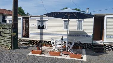 la-foret-sur-sevre-le-vignault-facade-mobile-home.jpg