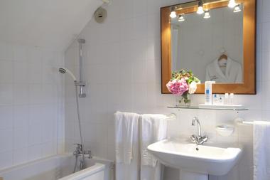 Hotel_Saint_Roch_La_Roche_Posay (4).jpg