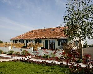 Neuvy Bouin-La Bonninière3-facade-sit.jpg
