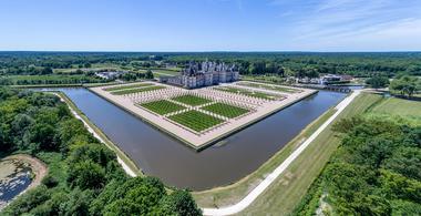 Vue-aérienne-Chambord-©-Drone-Contrast-(4).jpg