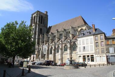 L'église Saint-Denis - 1 - Copyright Ville de Sézanne.JPG