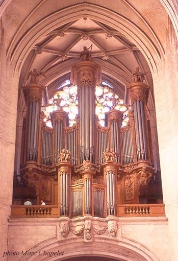 Cathédrale grand orgue © Michael Mathèssit