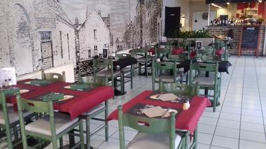 La Crespinette - Crespin -  Restaurant - Salle (2) - 2018.jpg