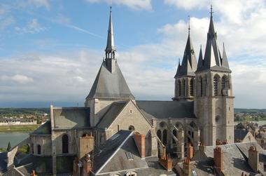 Blois_Église_Saint-Nicolas.jpg