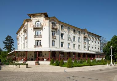 Residence_hotel_Les_Loges_du_Parc_4_etoiles_La_Roche_Posay (31).jpg