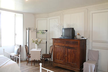 Chambres_hotels_chatelet_de_jayac (4).jpg