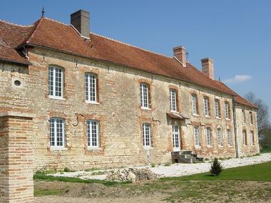 1021px-Montieramey_abbaye © Mairie de Montiéramey.jpg