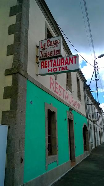 Hotel_Restaurant_Le_Casse_Noisettes_Gourin (2).jpg