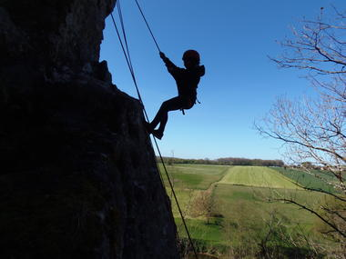 Base_plein_air_Le_Blanc_escalade_La_Roche_Posay.JPG